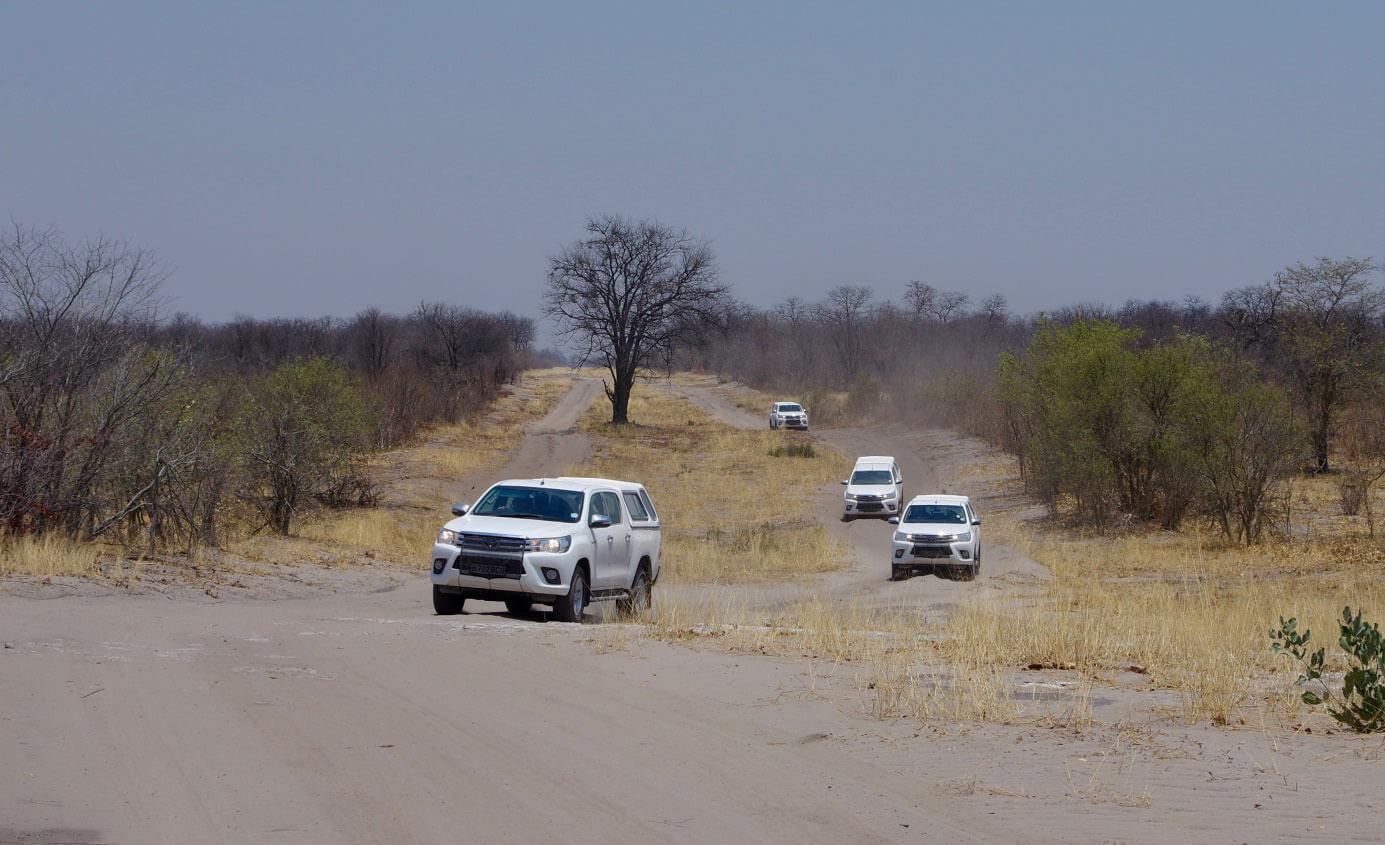 Jeeps Jörg Scharff - Botswana & Viktoriafälle hautnah erleben mit Jörg Scharff