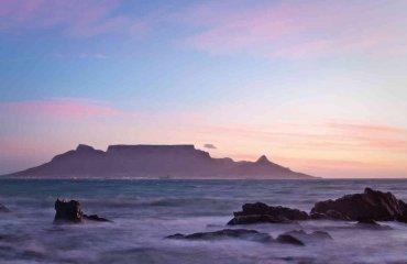 Blick auf den Tafelberg - Riaan van den Berg Fotolia