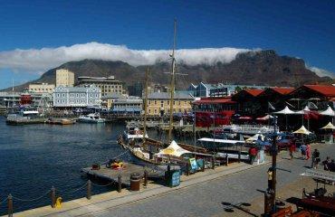 Waterfront in Kaptsadt -Andreas Edelmann fotolia