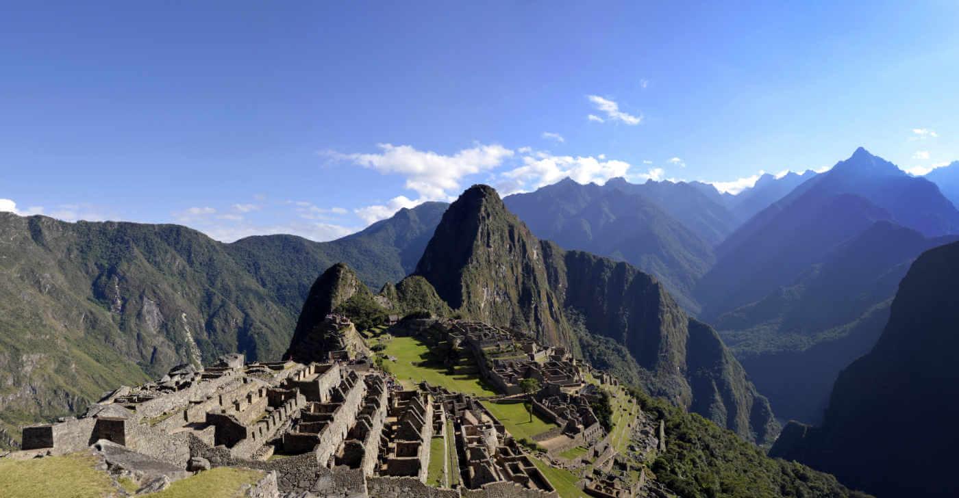 Machu Picchu mit Huyana Picchu Fotolia - Höhepunkte Perus
